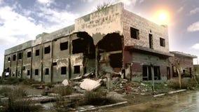 Hotel in de Spookstad Epecuen wordt vernietigd die stock footage