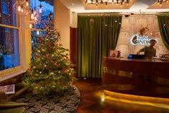 Hotel del añil, Londres, Reino Unido 31 de diciembre de 2017 Interior mágico Ch Foto de archivo libre de regalías