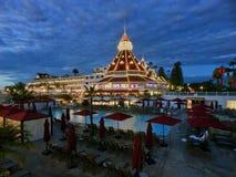 Hotel del Coronado mit Weihnachtslichtanzeige Lizenzfreie Stockfotografie