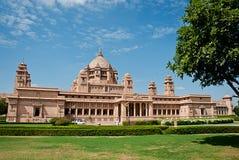 Hotel del palacio de Umaid Bhawan en Jodhpur en Rajasthán, la India imagen de archivo