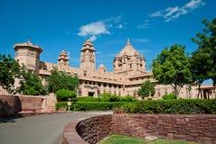 Hotel del palacio de Umaid Bhawan en Jodhpur en Rajasthán, la India fotos de archivo