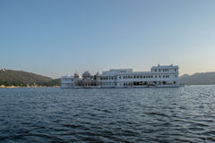 Hotel del palacio del lago Fotos de archivo