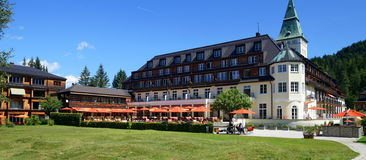 Hotel del palazzo di Elmau Fotografia Stock Libera da Diritti