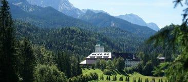Hotel del palazzo di Elmau Fotografie Stock Libere da Diritti