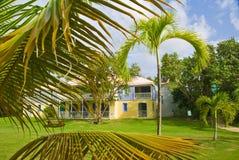 Hotel del puerto deportivo de la isleta de la niñera Foto de archivo libre de regalías