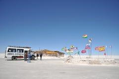 Hotel del sale per i turisti sugli appartamenti del sale di Uyuni Immagine Stock Libera da Diritti