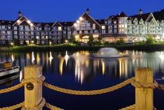 Hotel di Collingwood Ontario alla notte Immagini Stock Libere da Diritti