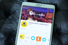 Hotel di Expedia, voli ed automobili app Fotografie Stock Libere da Diritti