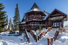 Hotel di inverno nella località di soggiorno Jasna, Tatras, Slovacchia Immagini Stock