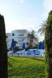Hotel di località di soggiorno tropicale, d'Or di Cala, Mallorca Immagine Stock