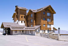 Hotel di ricorso a valle Nevado immagine stock