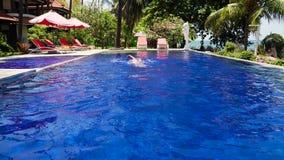 Hotel door overzees Indonesië, Bali stock videobeelden