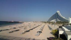 Hotel Dubai da praia de Jumeirah foto de stock royalty free