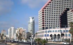 Hotel e città moderni di opera del centro di affari Immagine Stock Libera da Diritti