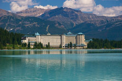Hotel em Montanhas Rochosas Fotografia de Stock Royalty Free