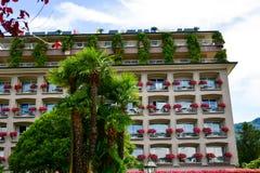 Hotel em Stresa no lago Maggiore, Itália imagens de stock royalty free