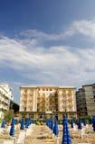 Hotel en la playa Fotografía de archivo libre de regalías