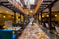 Hotel en restaurant Cuenca Ecuador stock afbeeldingen