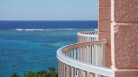 hotel&en x27; s-balkong arkivfoto