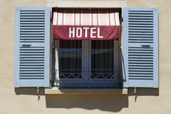 Hotel-Fenster stockfotos