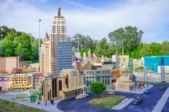 Hotel gemacht mit Lego-Blöcken bei Legoland Florida Stockfotos