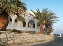 Hotel griego de la isla Imagen de archivo libre de regalías