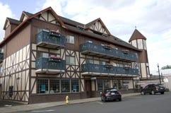 Hotel in historische stad stock afbeeldingen