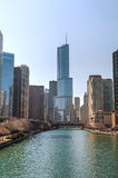 Hotel internazionale e torre di Trump in Chicago, IL nella mattina Immagine Stock