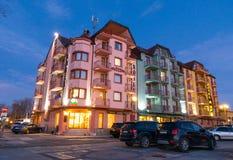 Hotel jest na deptaku noc Pomorie w Bułgaria przy, zima 2017 Zdjęcia Royalty Free