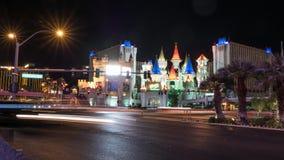 Hotel Las Vegas de Excalibur - el timelapse tiró en la noche metrajes