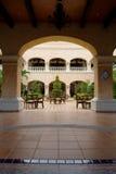 Hotel mexicano - patio del EL Imagenes de archivo