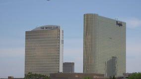 Hotel, motel, locande, alloggio, località di soggiorno, costruzioni stock footage