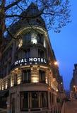 Hotel nachts Lizenzfreies Stockbild