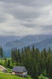 Hotel nelle montagne Fotografia Stock Libera da Diritti
