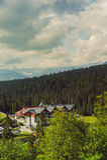 Hotel nelle montagne Immagini Stock Libere da Diritti
