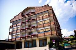 Hotel o pensione del centro città di Alpe di Siusi Fotografia Stock