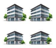 Hotel oder Bürogebäude mit Bäumen Lizenzfreies Stockfoto