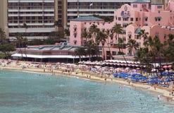 Hotel op strand Waikiki stock afbeeldingen