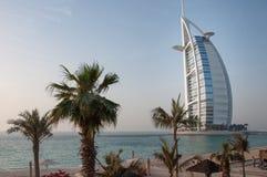 Hotel osservato dalla spiaggia, Dubai, UAE di Burj Al Arab Fotografia Stock