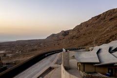 Hotel in park Massada op de berg dichtbij het dode overzees in zuidelijk Israël Royalty-vrije Stock Afbeelding