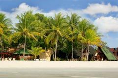 Hotel pequeno na praia Imagens de Stock