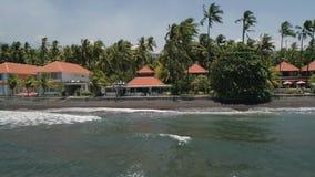 Hotel por el mar Indonesia, Bali almacen de video