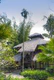 Hotel por el río Kwai Kanchanaburi, Tailandia Foto de archivo libre de regalías