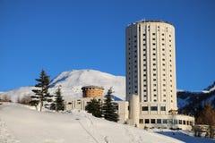 Hotel que construye Sestriere - Turín - Piamonte - Italia Foto de archivo libre de regalías