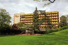 Hotel reale della plaza ed il paesaggio urbano di Montreux, Svizzera Fotografia Stock