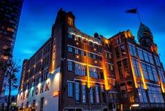 Hotel Rotterdam della foto di tramonto di Newyork fotografie stock libere da diritti