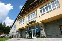 Hotel Sasanka in Hoge Tatras, Slowakije. stock foto