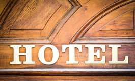 Hotel-sinal velho imagens de stock