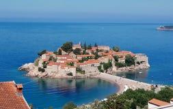 Hotel Sveti Stefan da ilha foto de stock
