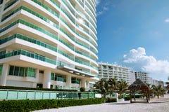 Hotel vicino al mare Fotografia Stock